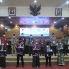 Penyerahan Hadiah Juara MTQ Ke 50 Tingkat Provinsi Jambi