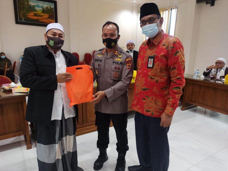Kapolres Tanjab barat bersama pimpinan FKPP
